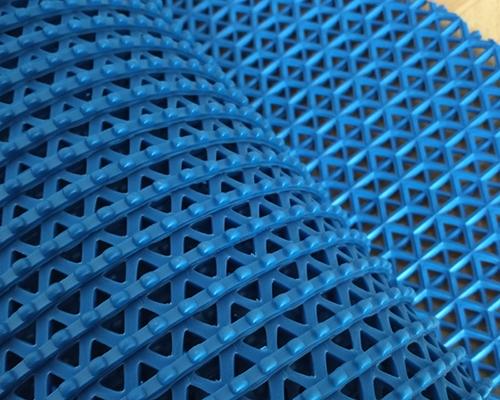 шестиугольной формы подкладок